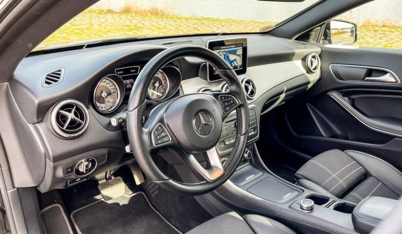 Mercedes-Benz CLA 200 Urban vol